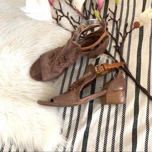 A.S.98▪️Leather buckle sandal. Sz 41